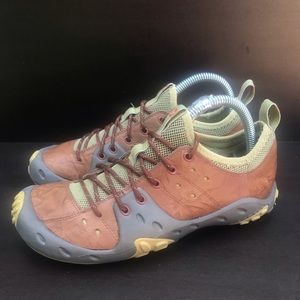 Merrell woman's waterproof hypno trail size 6